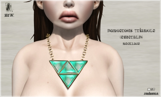 MiWardrobe - Dangerous Triangle - Emerald - Necklace - P