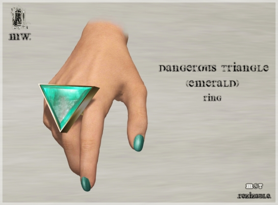 MiWardrobe - Dangerous Triangle - Emerald - Ring - P